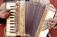 accordion-hands